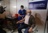 Pierwszy senior na Śląsku zaszczepiony przeciw COVID-19. To 87-letni kombatant