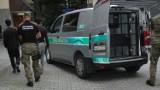 Maków Podhalański. Afgańczycy wjechali do Polski pod naczepą ciężarówki. Trafili w ręce straży granicznej