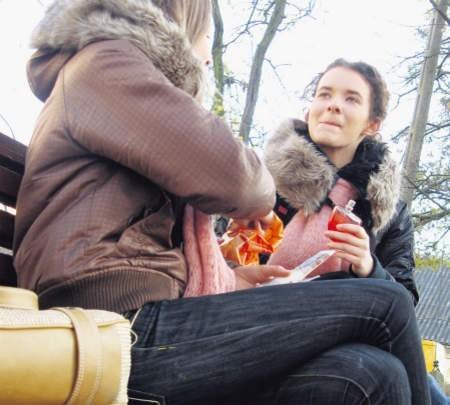 Uczniowie coraz częściej zamiast do szkoły chodzą np. do parku, foto: Magdalena Wojtaś