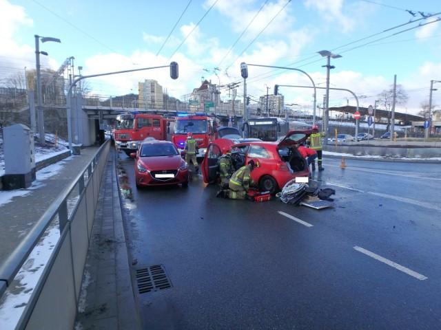 Wypadek w Gdyni w piątek, 29.01.2021 r. 1 osoba poszkodowana