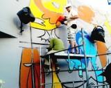 Ściany na placu przy metrze centrum nabiorą nowych kolorów