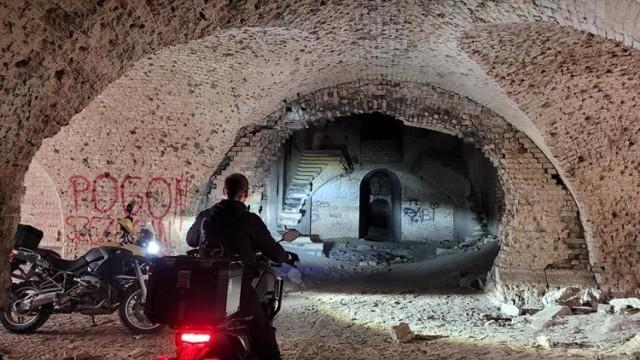 Tajemnicze miejsce w okolicy Kostrzyna nad Odrą. Znacie fort w Sarbinowie?