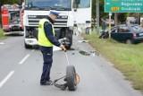 Zderzenie ciężarówki i dwóch samochodów w Mełnie [wideo, zdjęcia]