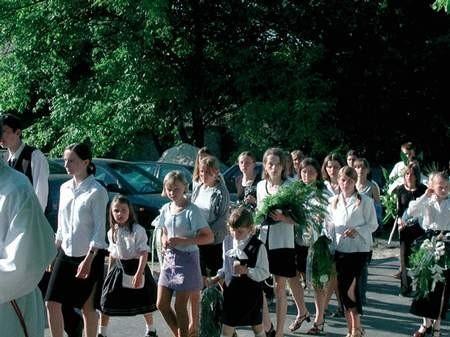 Po mszy, trumna z ciałem chłopca została pochowana na sokolnickim cmentarzu. Foto: JAKUB MORKOWSKI