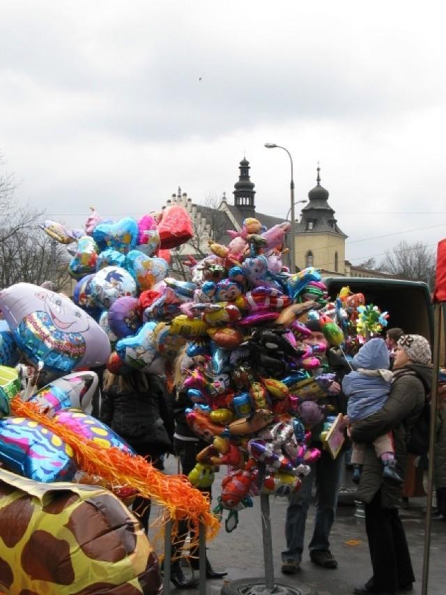 W Poniedziałek Wielkanocny, 21 kwietnia na Salwatorze u zbiegu ...