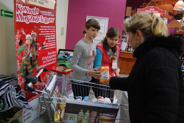 Chętnych do wspierania akcji nie brakowała m.in. w chojnickim markecie Intermarche