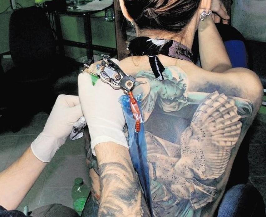 Tatuaże Wciąż Są Modne Czy Ich Czas Już Mija Głogów