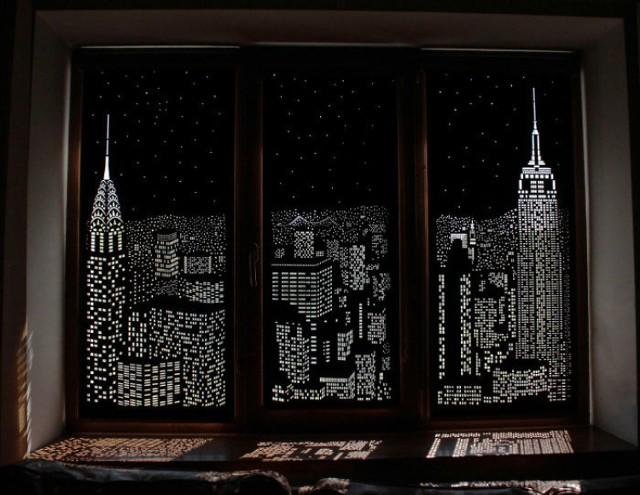 Nudny widok za oknami? Te sprytne rolety rozwiążą ten problem!