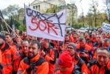 Protest ratowników w Warszawie. Czy załoga wolsztyńskiej lecznicy też się dołącza?
