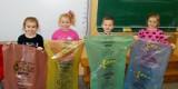 Straż Miejska w Malborku uczy w szkołach dzieci poprawnej segregacji śmieci