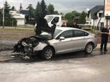 W Jarosławiu na ulicy Szczytniańskiej zapalił się samochód