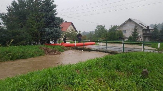 Od czwartku strażacy wypompowywują wodę w wielu miejcowościach regionu