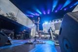 Darmowy koncert odbył się w sobotę nad Jeziorem Strzeszyńskim. Weszły tylko osoby zaszczepione. Zobacz zdjęcia