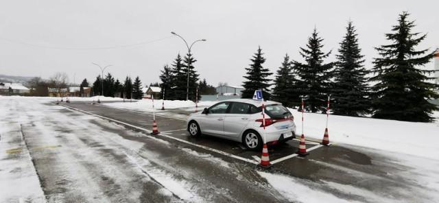 Egzaminy na prawo jazdy w WORD w Przemyślu odbywają się bez zakłóceń.