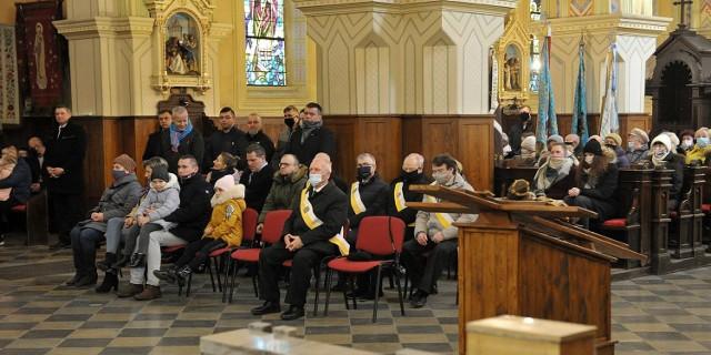 Dzień Pamięci Żołnierzy Wyklętych w Zduńskiej Woli - uroczysta msza w Bazylice