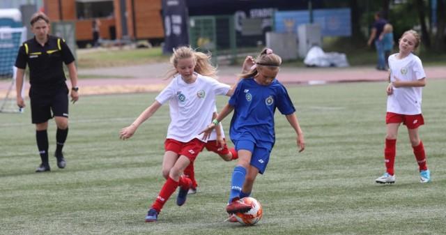 Rywalizacja 9-latków zakończyła Turniej Silesia Cup o Puchar Marszałka Województwa Śląskiego Jakuba Chełstowskiego.    Zobacz kolejne zdjęcia. Przesuwaj zdjęcia w prawo - naciśnij strzałkę lub przycisk NASTĘPNE