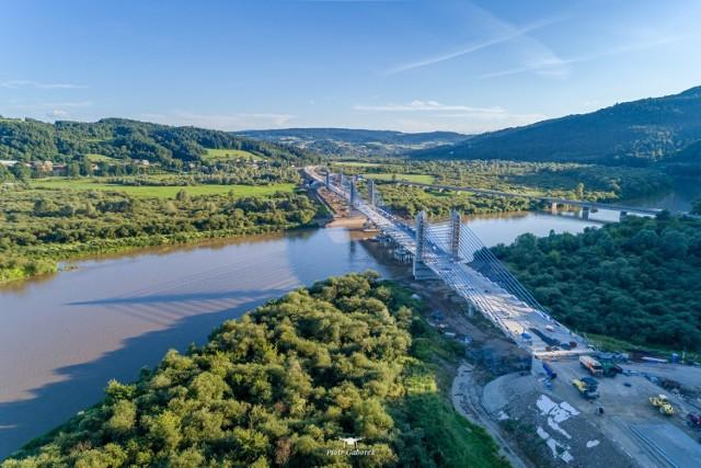 Most na Dunajcu w Kurowie prawie gotowy. Przeprawa wygląda imponująco