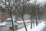 Wróciła zima. Jest ostrzeżenie dla woj. śląskiego. Ślisko na drogach. Zimno, śnieg i śnieg z deszczem