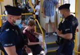 Kontrole przestrzegania obostrzeń pandemicznych. Policja zapowiada, że nie będzie taryfy ulgowej