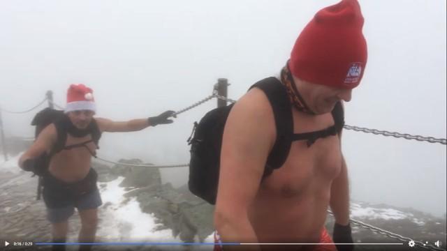 Królewskie Morsy Gniezno weszły na Śnieżkę w szortach!