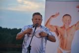 Kabaret Rak w Sępólnie. Duet Krzysztof Hanke i Krzysztof Respondek bawili publiczność do łez. Zobaczcie zdjęcia i film