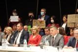 Marszałek województwa lubelskiego: W sprawie LGBT można zrobić pół kroku do tyłu. Opozycja apeluje o uchylenie stanowiska sejmiku