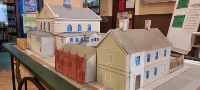Biblioteka w Kaliszu zaprasza na wystawę o Złotej, głównej ulicy dawnej dzielnicy żydowskiej