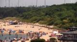 Upalna niedziela na plaży w Darłówku. Zobacz na żywo [zdjęcia]