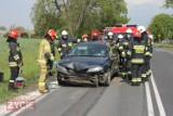 Zderzenie dwóch samochodów na DK nr 15. Wśród uczestników kobieta w ciąży i dziecko [ZDJĘCIA]