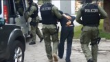 Policjanci zatrzymali włamywaczy na gorącym uczynku [ZDJĘCIA]
