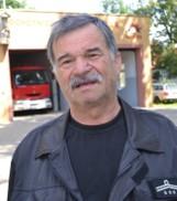 Cedry Wielkie: Pół wieku w strażackim mundurze. Edward Woźniak od pięćdziesięciu lat pomaga innym
