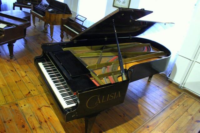 Unikatowy fortepian trafił do zbiorów Muzeum Historii Przemysłu w Opatówku