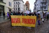 """Manifa Toruńska 2021. Demonstranci wyruszyli w miasto! Skandowano: """"Aborcja jest nasza"""". Zobaczcie zdjęcia"""