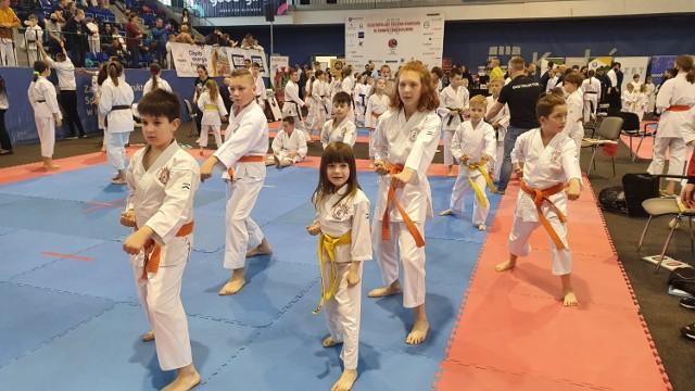 Reprezentanci Klubu Karate NIDAN Zielona Góra zdobyli w Krakowie dziewięć medali.