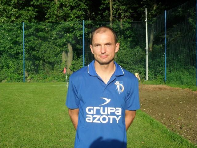 Kamil Pawlak piłkarzem Unii Tarnów był od lipca 2006 do września 2016 roku. Po raz ostatni zagrał w meczu III ligi z Karpatami Krosno