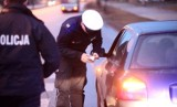 Z promilami za kierownicą. Pijany kierowca w Świebodzicach miał 2,4 promila, w Świdnicy - 1,7 promila