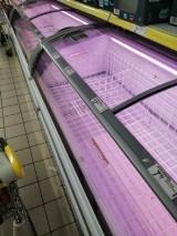 Chełmianie okupują sklepy, niektóre półki świecą pustkami