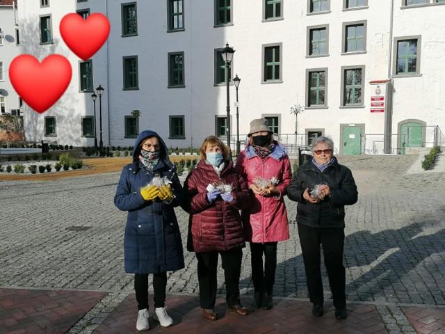 Szprotawscy seniorzy wsparli hospicjum im. Brata Alberta w Żarach