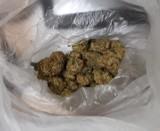 Policjanci pojechali na interwencję  do domu i  znleźli narkotyki