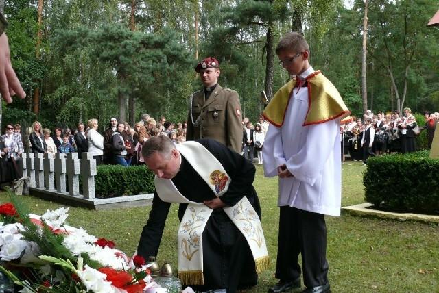Obchody rocznicy wybuchu wojny w Klukach w 2012 r.