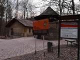 Powstaje pawilon dla turystów obok Sztolni Czarnego Pstrąga w Parku Repeckim