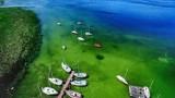 Jak w bajce! To Niesulice i jezioro Niesłysz z lotu ptaka!