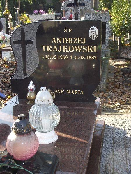 Grób Andrzeja Trajkowskiego, zastrzelonego 31 sierpnia 1982 roku w trakcie pokojowej manifestacji na ulicach miasta