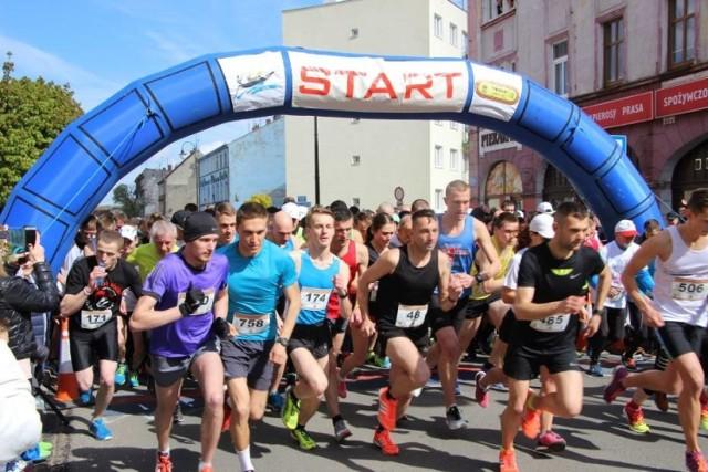 900 biegaczy pobiegło w 2017 roku