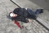 Brutalny atak w centrum Kielc. Mężczyzna zaatakował przechodnia i pobił go