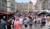 Ile ludzi mieszka w Poznaniu? GUS mówi o wyludnianiu, ale władze miasta...