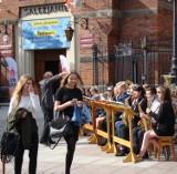 Oświęcim. Salezjańska orkiestra dęta zagrała uliczny koncert na początek dnia otwartego w swojej szkole [ZDJĘCIA]