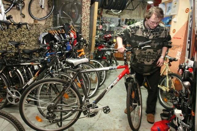 Sklep i serwis rowerowy na osiedlu Witosa