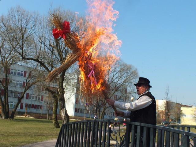 Bełchatów Topienie Marzanny Zdjęcia Bełchatów Nasze Miasto