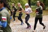 Warszawa. Bieg kobiet i piknik wojskowy w Łazienkach Królewskich